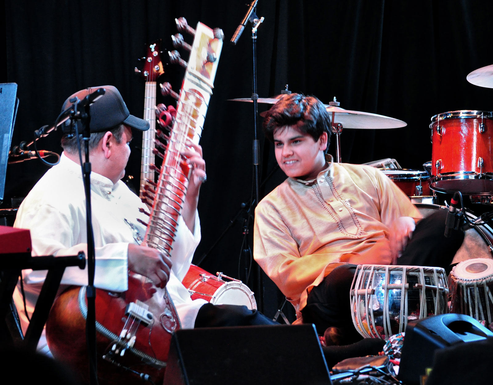 Ashwin Batish and Keshav Batish playing traditional North Indian sitar and tabla - live at the Kuumbwa Jazz Center, Santa Cruz. All rights reserved. �2012 Ashwin Batish. Copyrighted image. Photographer Chris Bratt