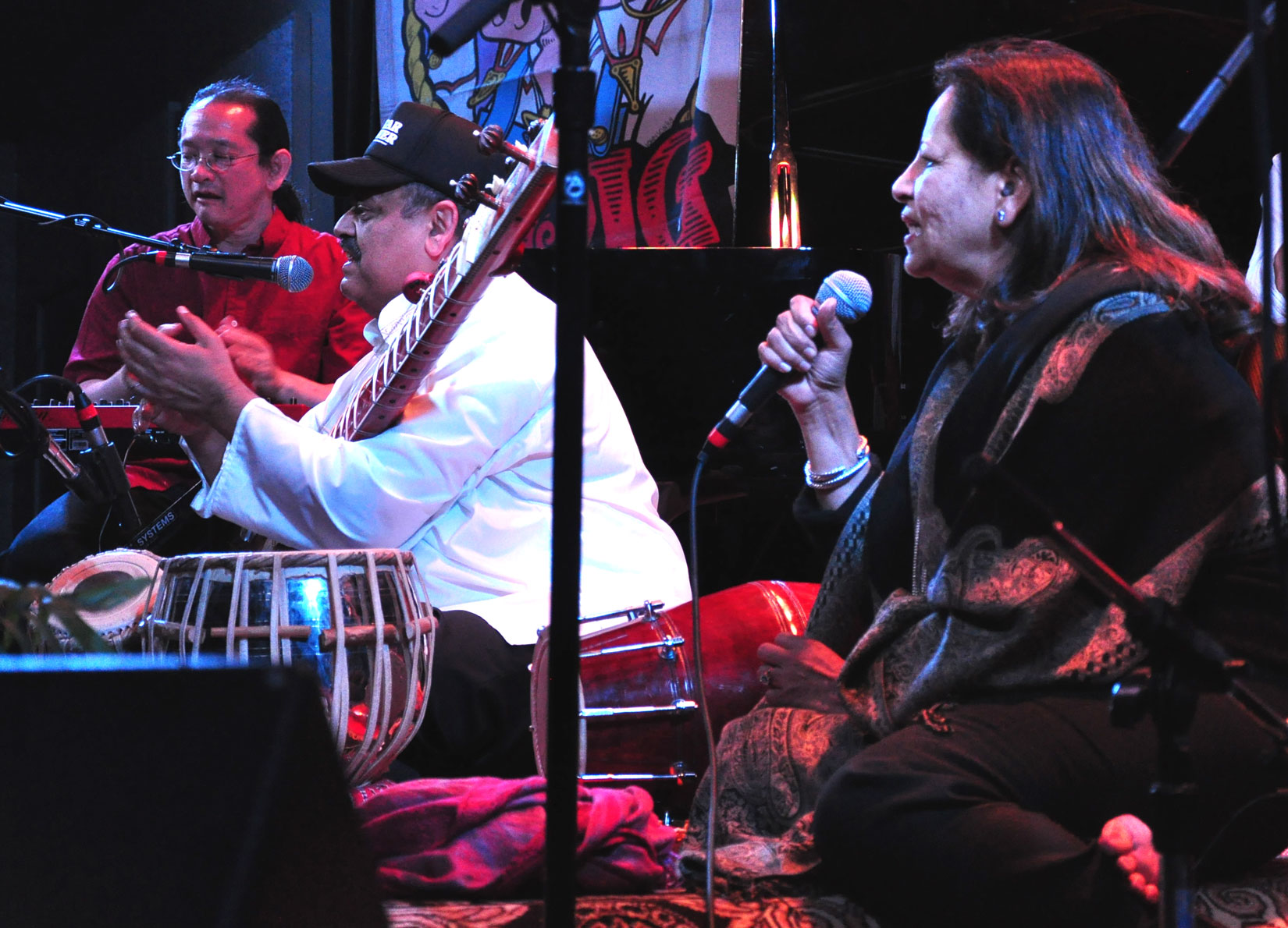World Beat Raga Rock! Ashwin Batish live at the Kuumbawa Jazz Center, Santa Cruz. All rights reserved. �2012 Ashwin Batish. Copyrighted image. Photographer Chris Bratt